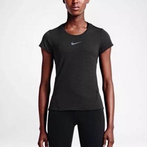 c660e4621 Nike Tops   Aeroreact Womens Running Top   Poshmark